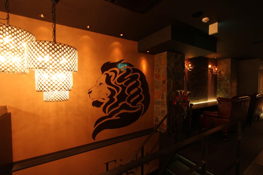松本市のキャバクラ「エイト」店内写真
